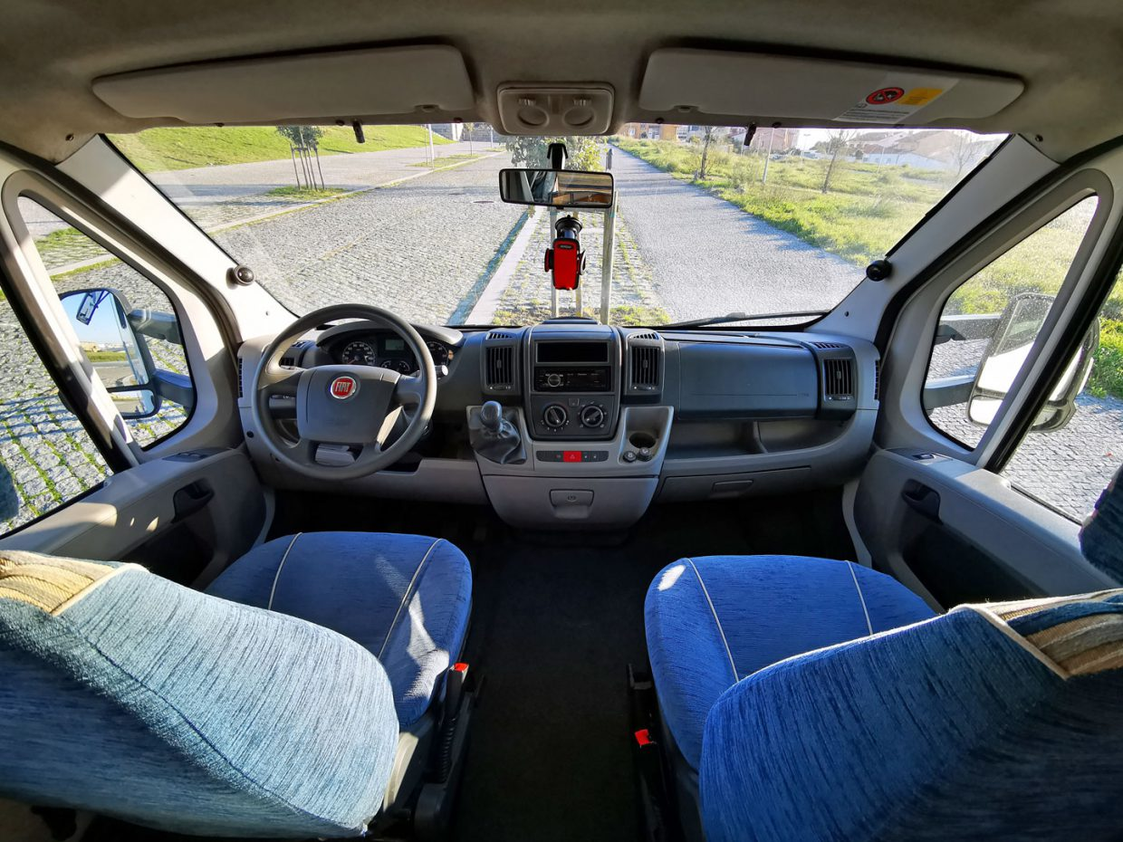 Claire_driving_seats
